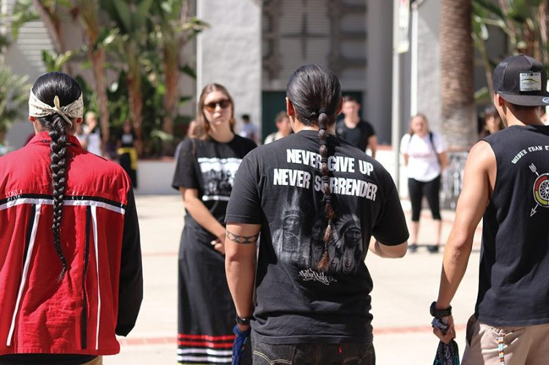 News_NativeAmericanRally_AlexVasquez3-900x600